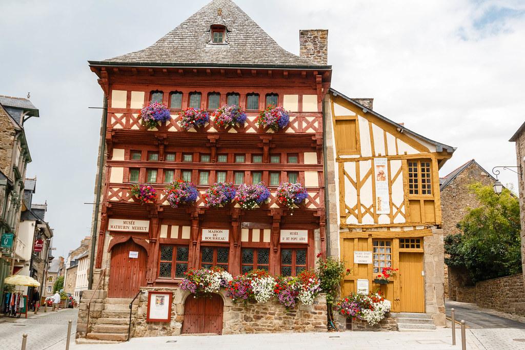 Lamballe--Maison-du-bourreau2.jpg