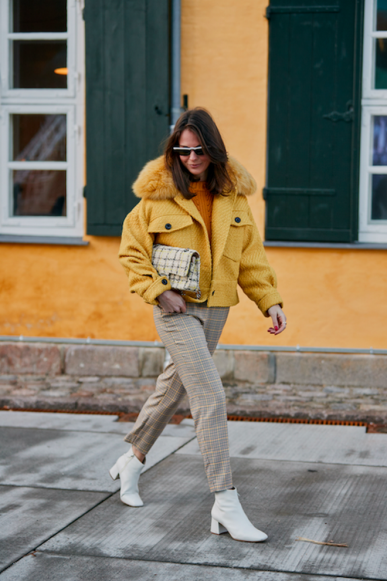 large_copenhagen-fashion-week-street-style-fall-2019-276554-1548838457037-image.500x0c.png