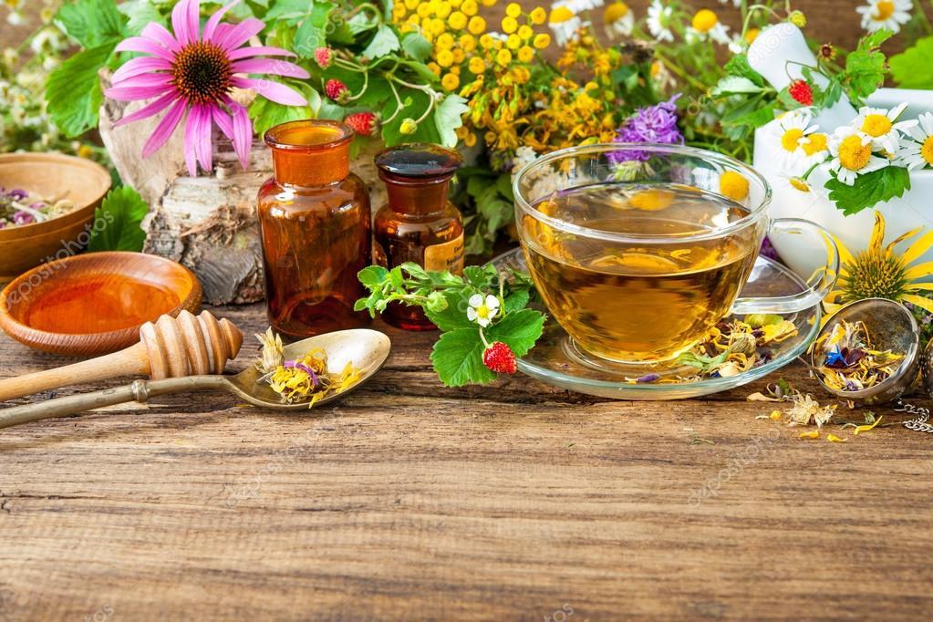 depositphotos_79510126-stock-photo-herbal-tea-with-honey.jpg