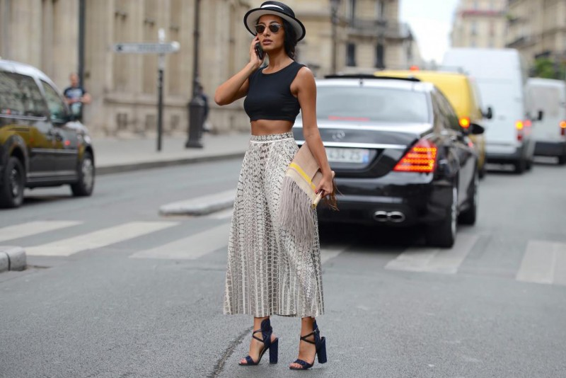 thestreetmuse_fashion_streetstyle_photography_by_melaniegalea_muse_accessory_nausheenshah_clutch_culottes_top_sunglasses_strawhat_dsc_1568-20150729584502.jpg