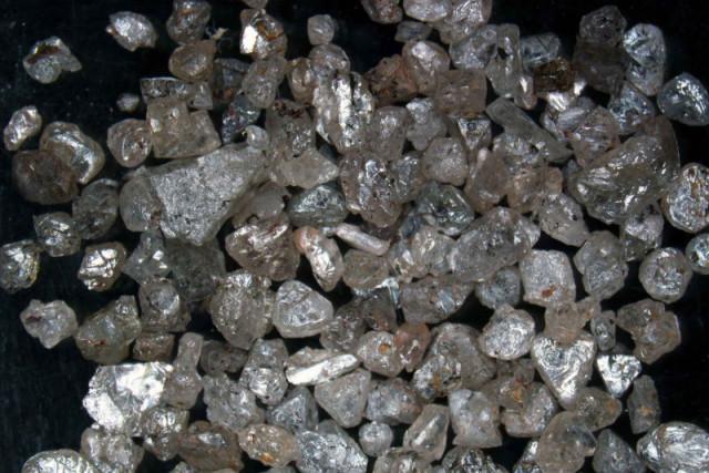 raw-diamonds-thumb.md.jpg